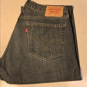 Men Levi Jean size 34x34 style 514